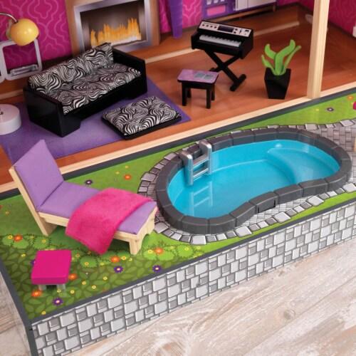 KidKraft Uptown Dollhouse Perspective: bottom