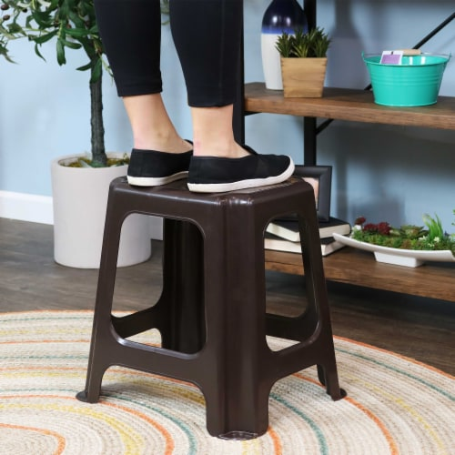 Sunnydaze Brown Plastic Step Stool - Set of 2 - 260-Pound Capacity - 16-Inch Perspective: bottom