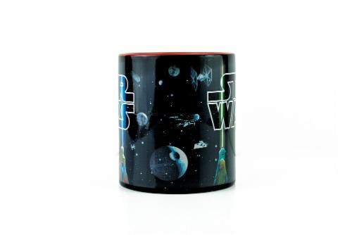 Star Wars Lightsaber Mug | Star Wars Heat Changing Mug | Holds 20 Ounces Perspective: bottom