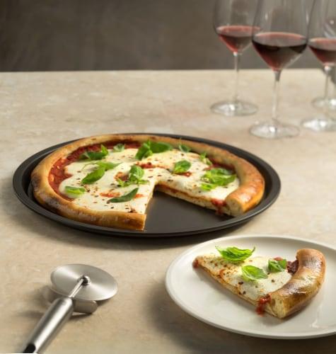 Ballarini La Patisserie Nonstick 12.5-inch Pizza Pan Perspective: bottom