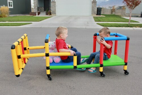 Funphix Wheelies Buildable Play Structure Set with Wheels Perspective: bottom