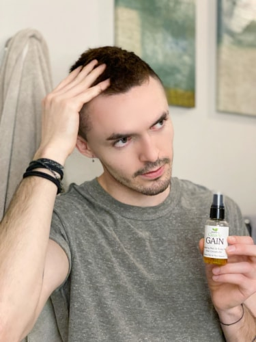 Clearly GAIN+. Hair Growth Oil and Hair Loss Treatment with Garlic Perspective: bottom