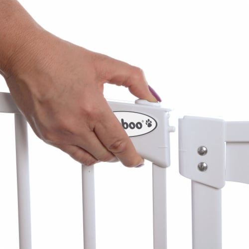 Bindaboo B1121 Zoe 28 to 32IN Extra Tall Auto-Close Baby Pet Safety Gate, White Perspective: bottom