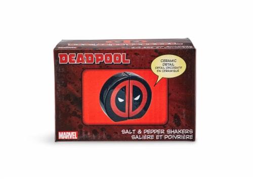 Marvel Deadpool Salt and Pepper Shakers Perspective: bottom