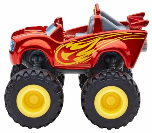 Fisher-Price® Nickelodeon Blaze and The Monster Machines Metallic Blaze Vehicle Toy Perspective: bottom