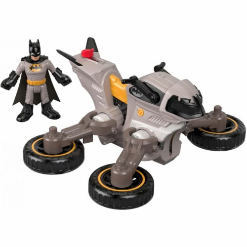 Fisher-Price Imaginext DC Super Friends Batman & Batcycle Perspective: bottom