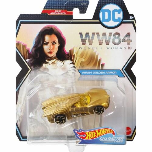Mattel Hot Wheels DC Universe Golden Armor Character Car Perspective: bottom
