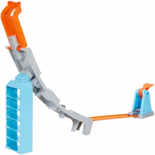 Mattel Hot Wheels® Hill Climb Champion Playset Perspective: bottom