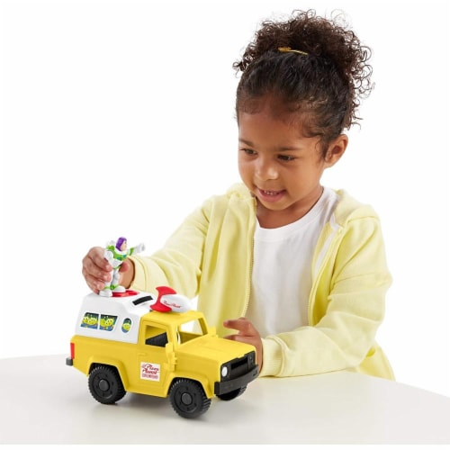Fisher-Price Disney/Pixar Toy Story 4 Pizza Planet Truck Perspective: bottom