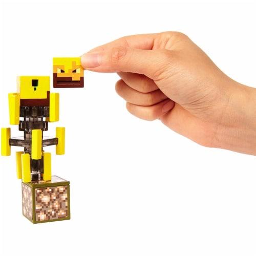 Minecraft Blaze Figure Perspective: bottom