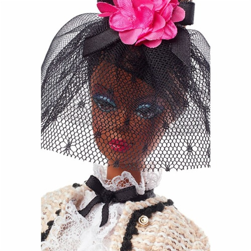Barbie Fashion Model Collection Best To A Tea Doll with Boucle Suit Ensemble Perspective: bottom