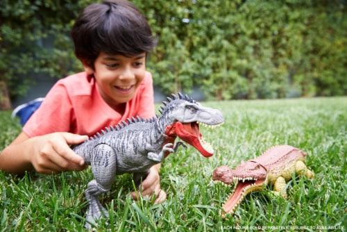 Mattel Jurassic World Total Control Sarcosuchus Perspective: bottom