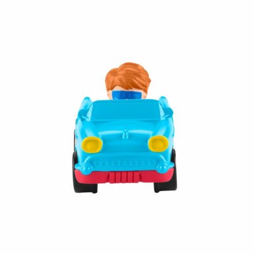 Fisher-Price® Little People Wheelies Retro Convertible Vehicle Perspective: bottom