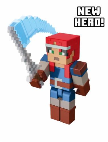 Mattel Minecraft Dungeons 325 Valorie Figure Perspective: bottom