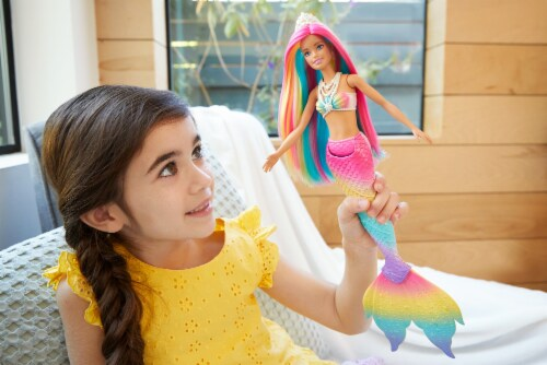 Barbie Color Change Mermaid Doll Perspective: bottom