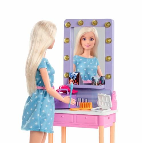 Mattel Barbie® Big City Big Dreams Doll and Playset Perspective: bottom