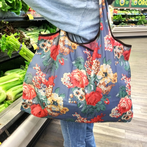 Wrapables Large Nylon Reusable Shopping Bag, Vintage Chrysanthemums Perspective: bottom