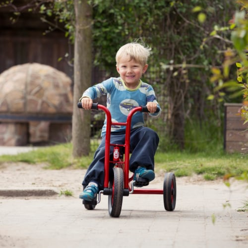 Winther Medium Viking Tricycle - Red Perspective: bottom