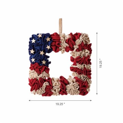 Glitzhome Americana Square Fabric Wreath Perspective: bottom