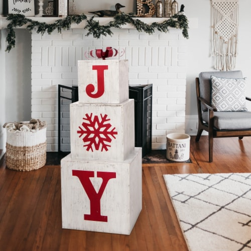 Glitzhome Wooden Block Joy Porch Sign Perspective: bottom
