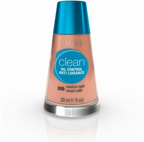CoverGirl Clean Oil Control Medium Light Foundation Perspective: front