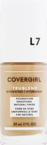 CoverGirl TruBlend L7 Warm Beige Foundation Perspective: front