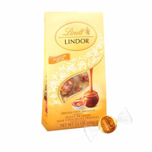 Lindt Dulce De Leche Milk Chocolate Truffles Perspective: front