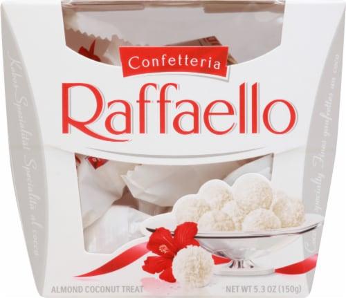 Ferrero Raffaello Almond Coconut Treats Perspective: front