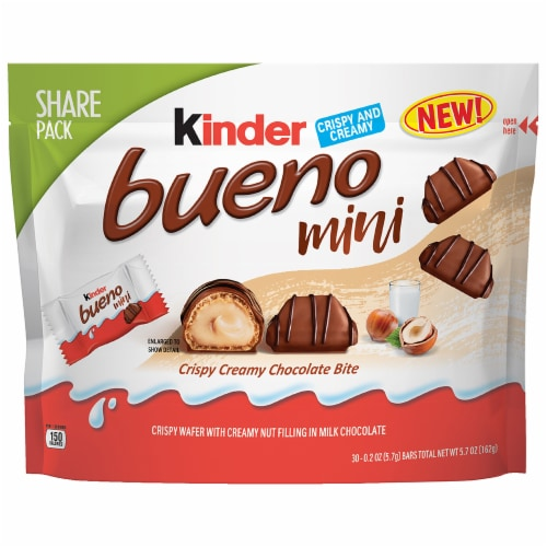 Kinder Bueno Mini Share Pack Perspective: front