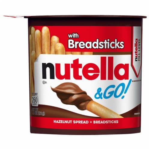 Nutella & Go! Hazelnut Spread + Breadsticks Perspective: front