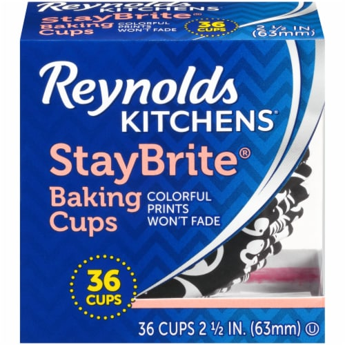 Reynolds StayBrite Baking Cups Perspective: front