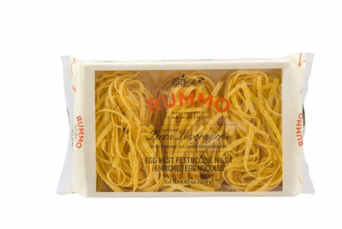 Rummo Egg Fettuccine Pasta Perspective: front
