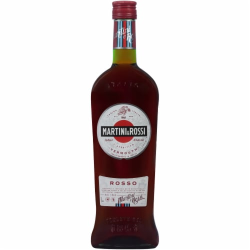 Martini & Rossi Red Sweet Vermouth Perspective: front
