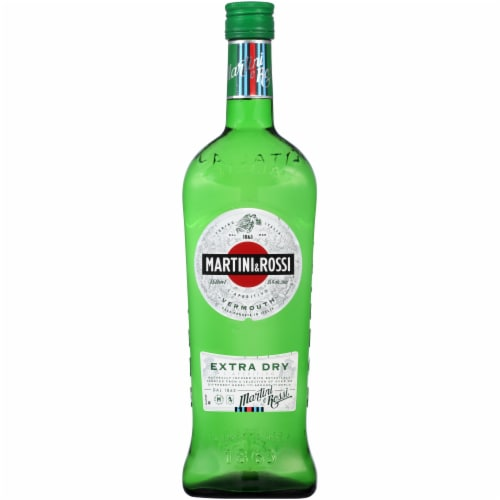 Martini & Rossi White Extra Dry Vermouth Perspective: front