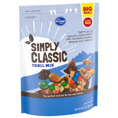 Kroger® Simply Classic Trail Mix Perspective: front
