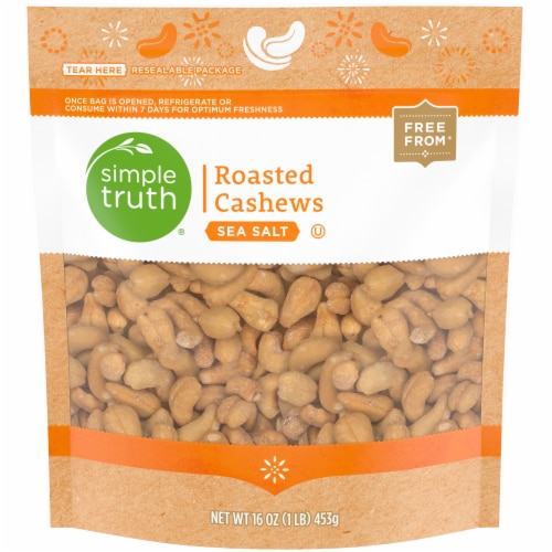 Simple Truth™ Sea Salt Roasted Cashews Perspective: front