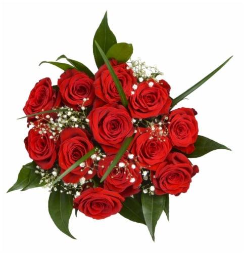 Bloom Haus Elegant Rose Bouquet Perspective: front
