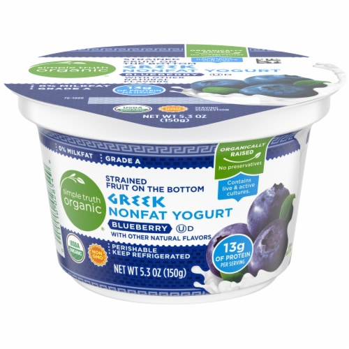Simple Truth Organic® Strained Fruit on the Bottom Blueberry Greek Nonfat Yogurt Perspective: front