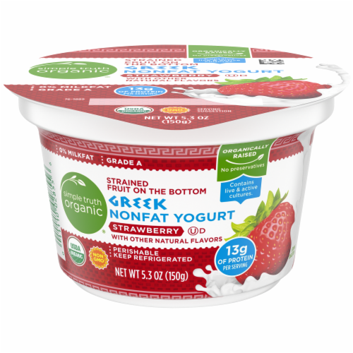 Simple Truth Organic™ Strained Strawberry Greek Nonfat Yogurt Perspective: front