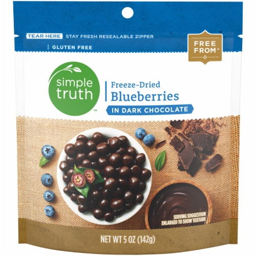Simple Truth™ Gluten Free Freeze-Dried Blueberries in Dark Chocolate Perspective: front