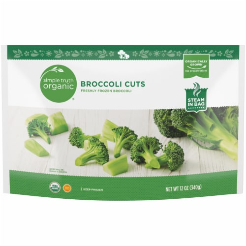 Simple Truth Organic® Freshly Frozen Broccoli Cuts Perspective: front