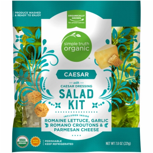 Simple Truth Organic™ Caesar with Caesar Dressing Salad Kit Perspective: front