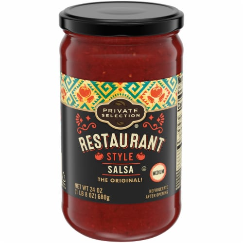 Private Selection® Medium Restaurant Style Salsa Perspective: front