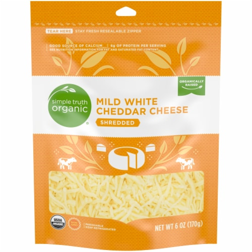 Simple Truth Organic™ Shredded White Mild Cheddar Cheese Pouch Perspective: front