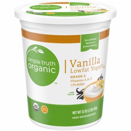Simple Truth Organic™ Vanilla Lowfat Yogurt Perspective: front