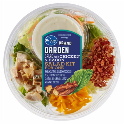 Kroger® Garden Salad with Chicken & Bacon Salad Kit for One Perspective: front