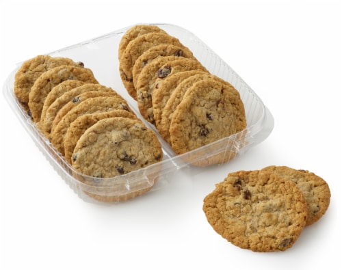 Bakery Fresh Goodness Oatmeal Raisin Cookies Perspective: front