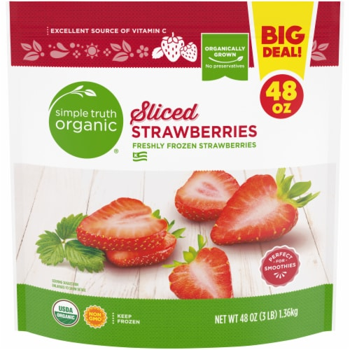 Simple Truth Organic® Frozen Sliced Strawberries Perspective: front
