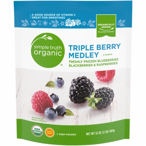 Simple Truth Organic® Triple Berry Medley Perspective: front