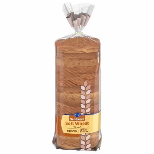 Kroger® Wheat Sandwich Bread Perspective: front
